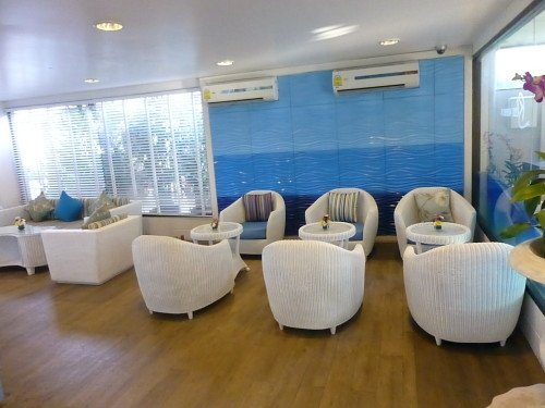 Airport Lounges: Airport Koh Samui