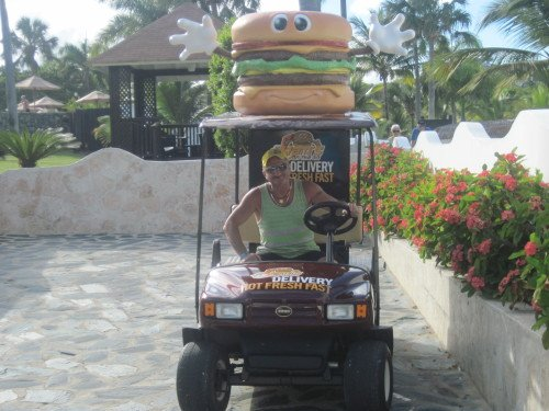 Cheap All Inclusive in Dominican Republic | Burgers wait for no man