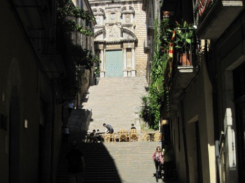 "Girona, Old Town: ""Cafes in the most unlikely places"""