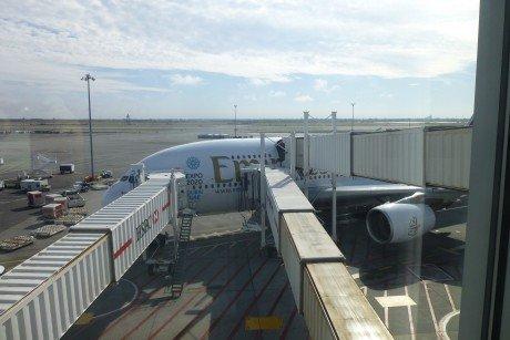 The Bridgegate to my Emirates JFK-DBX flight: My seat is on the left